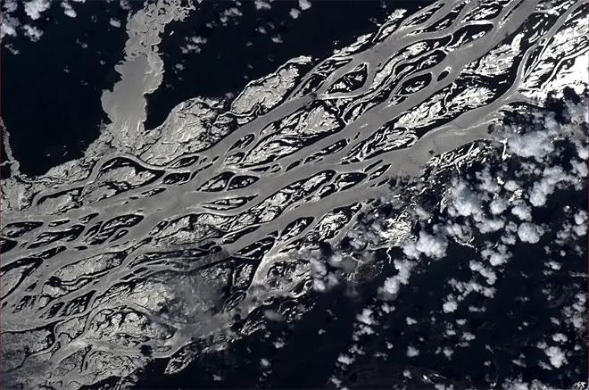 I'm used to rivers that know what they're doing.  (Photo & Caption: Chris Hadfield/NASA)