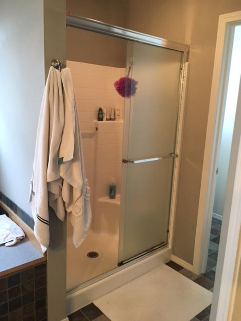 When we posted that our friends at Bath Fitter N.W. wanted to spruce up a viewer bathroom with a shower or tub upgrade - we weren't sure they response we'd get. But the photos have flooded in, all requesting that they be picked for Bath Makeover! Take a look at these viewer photos, and let us know who you think deserve the #BathUpgrade! (Image: Jamie Warner)
