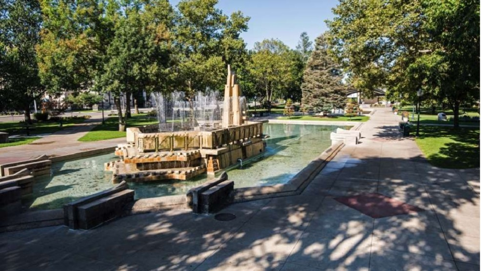 Tomahawk Fake Blood Placed On Pioneers Fountain In Bronson Park Wwmt