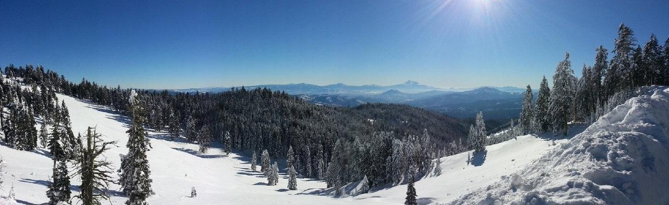 Panorama of Mount Ashland (Jerry Vogt/CC by 2.0)