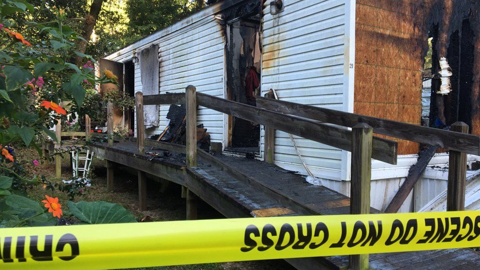 Stupendous Escambia County Man Killed In Mobile Home Fire Wear Download Free Architecture Designs Boapuretrmadebymaigaardcom