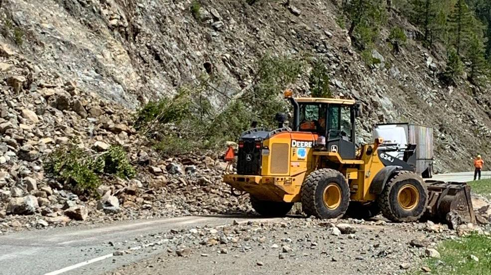 Update: Highway 199 reopens to traffic | KTVL