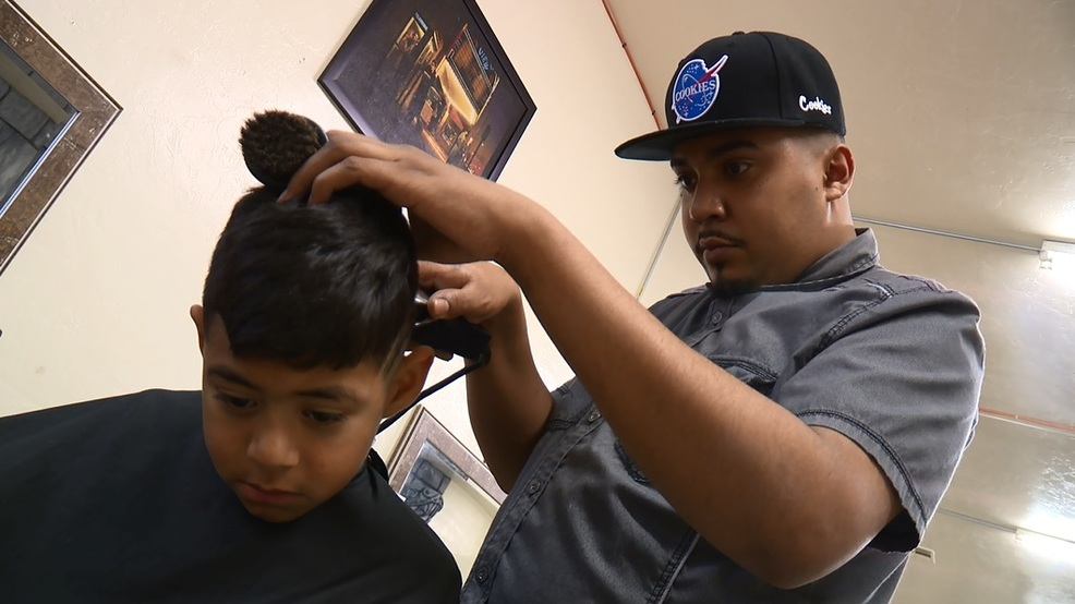 Barber Shop Offers Free Haircut For New Year Kmph