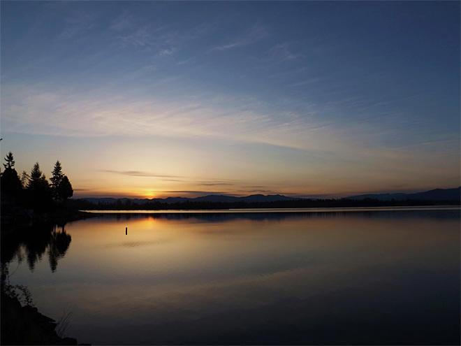 Sunrise from Bankers Island in Bonney Lake (Photo: Kathleen Carpenter)