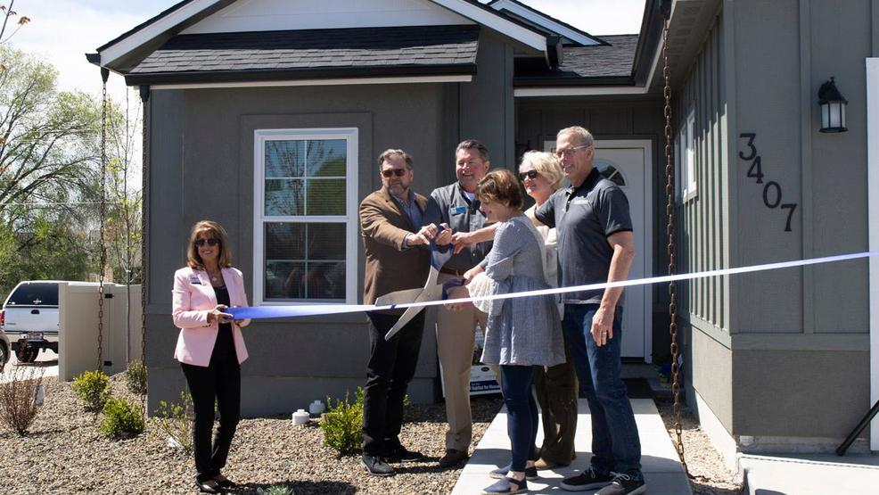 Habitat for Humanity holds ribbon cutting for newest home in Meridian