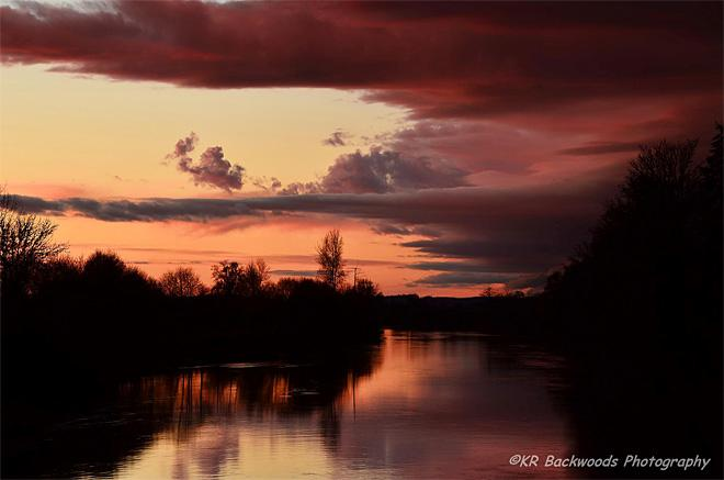 Sunset from the Porter Bridge over the Chehalis River. (Photo: KR Backwoods Photography)