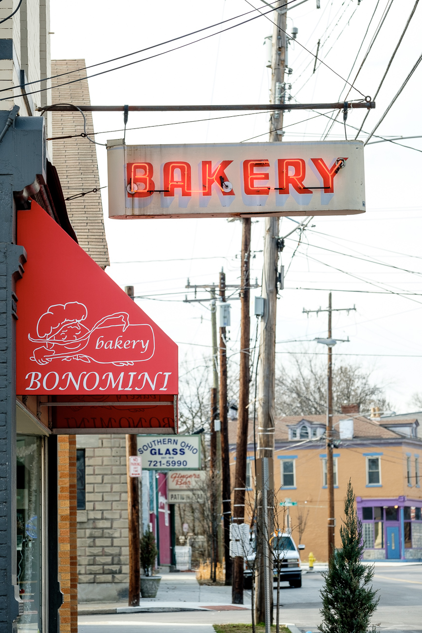 SIGN: Bonomini Bakery / ADDRESS: 1677 Blue Rock St, Cincinnati, OH 45223 // Image: Daniel Smyth // Published: 2.18.17
