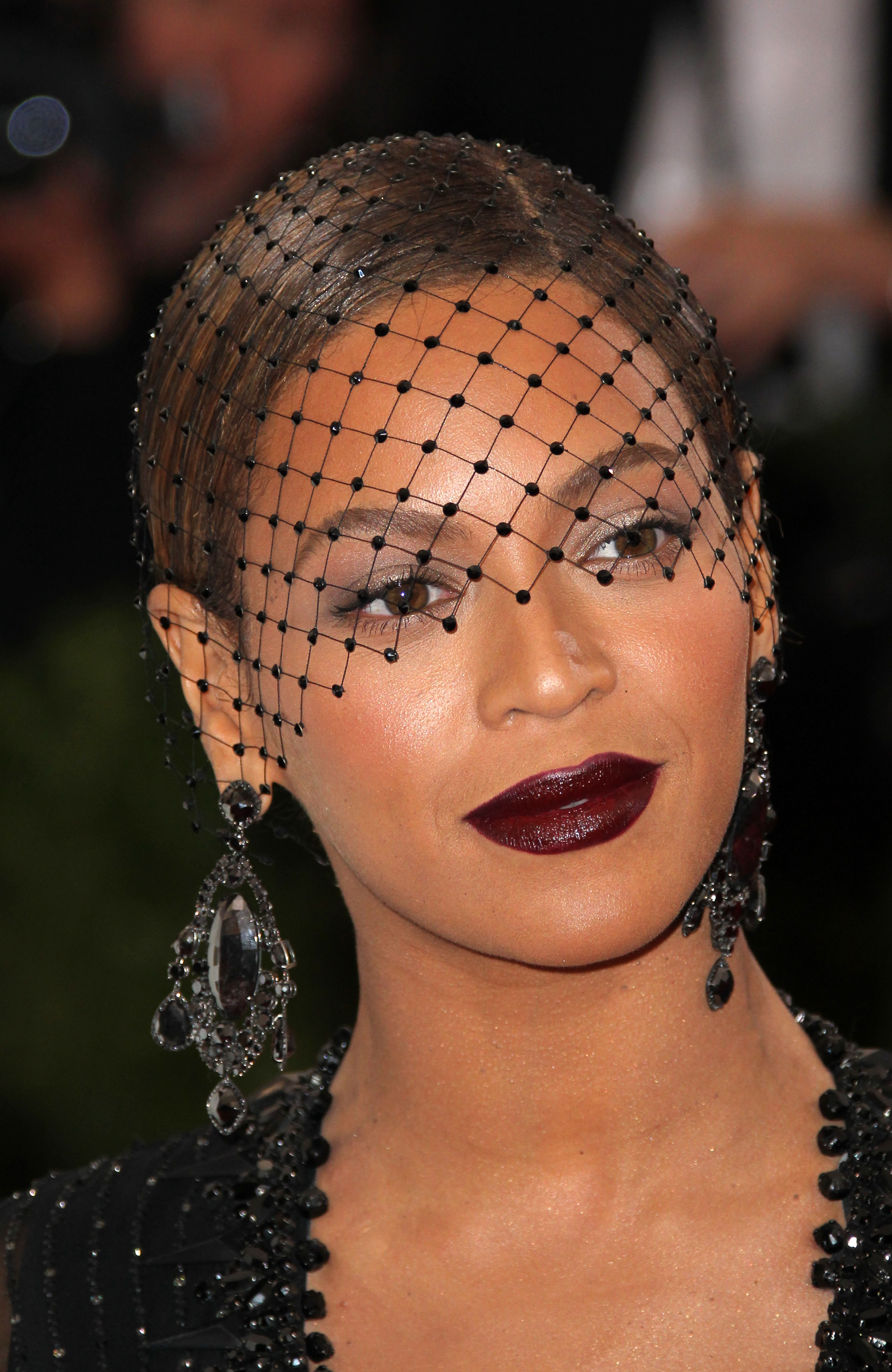 "Beyonce at the ""Charles James: Beyond Fashion"" Costume Institute Gala (FayesVision/WENN.com)"