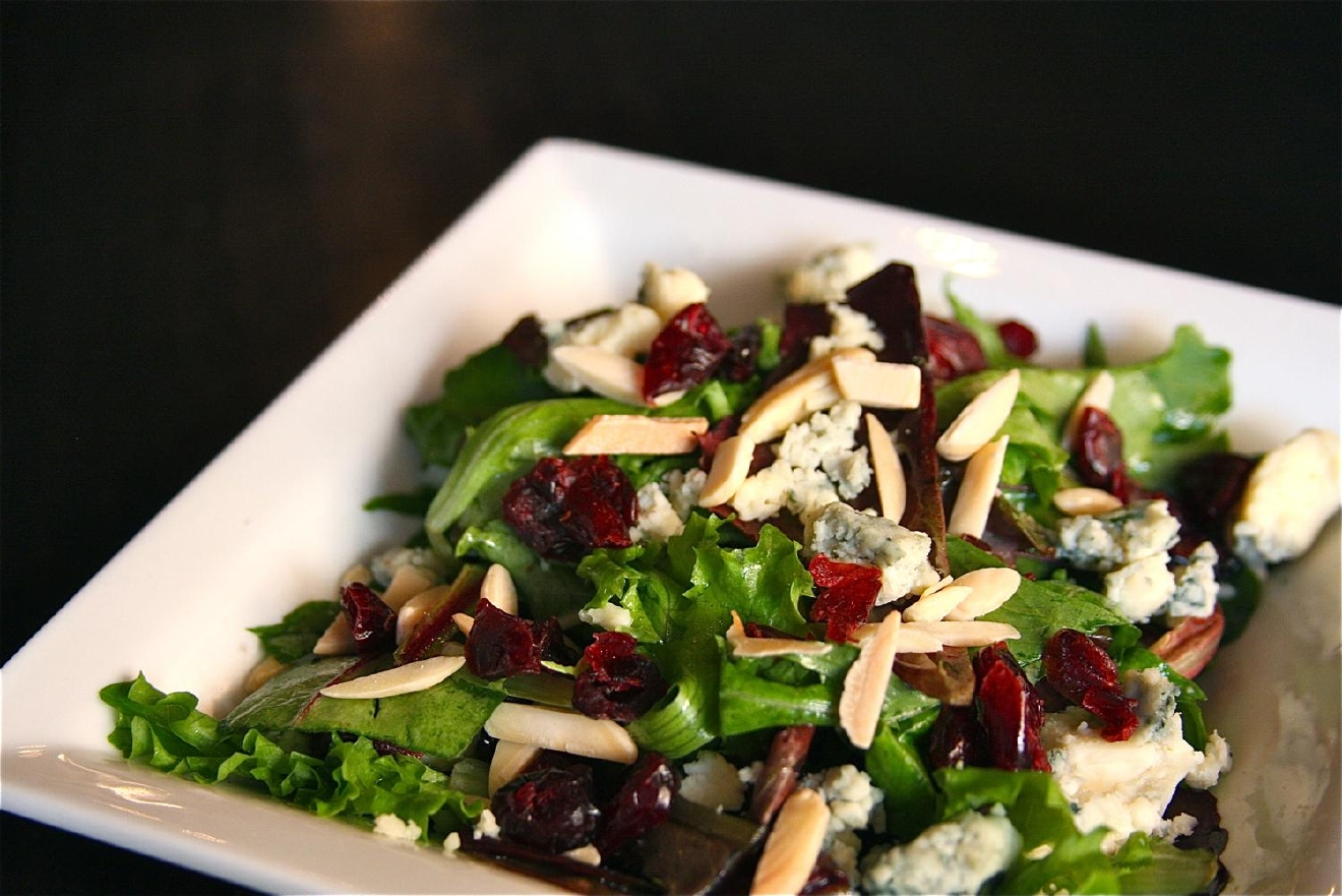 House salad: gorgonzola, dried cranberries, almonds, and white balsamic vinaigrette / Image: Molly Paz / Published: 11.22.16