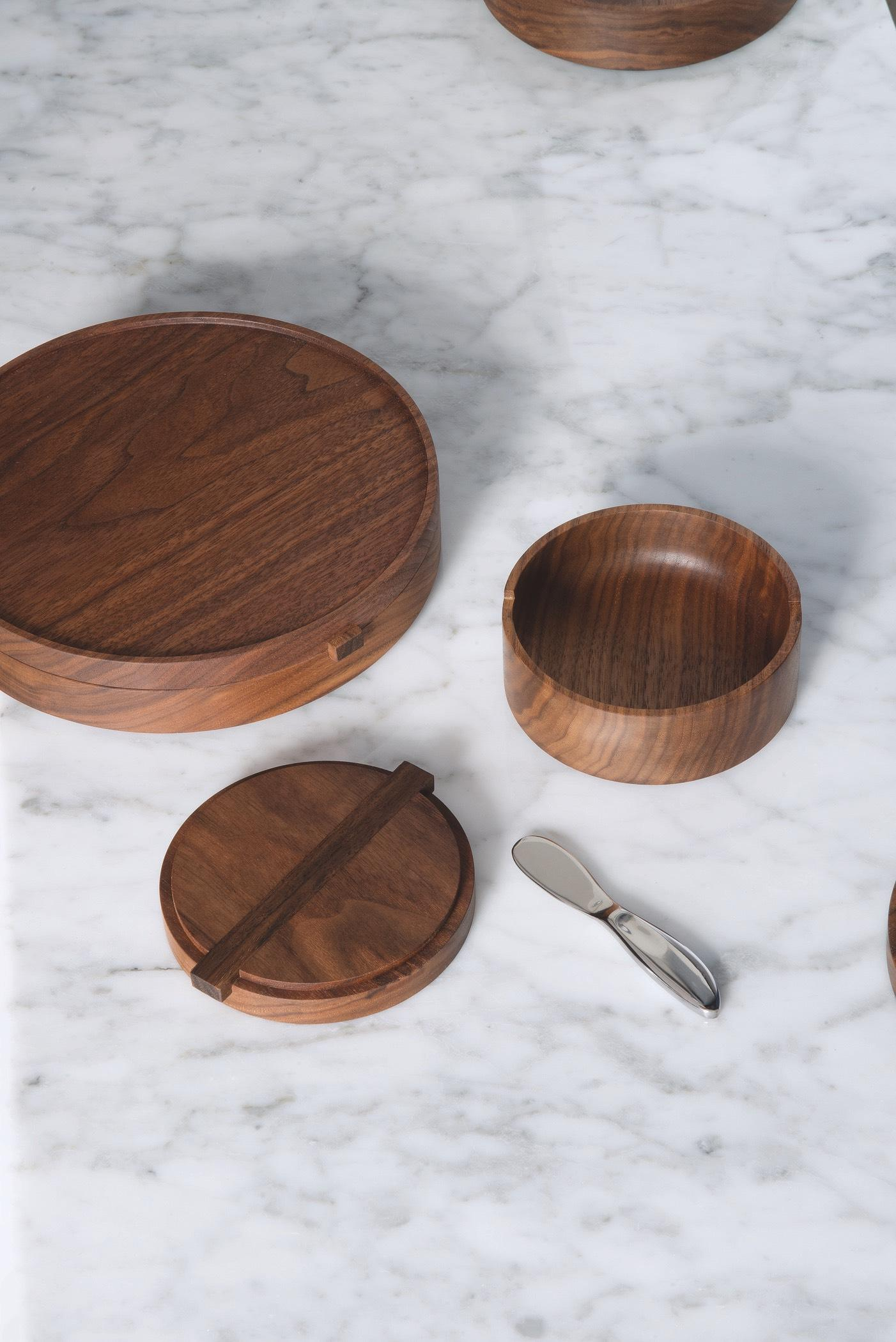 Walnut Wooden Bowls from Thos. Moser Handmade American Furniture // Price: $400 for set of 3 // Buy online or in store{&nbsp;} // www.thosmoser.com // (Image: Thos. Moser)<p></p>