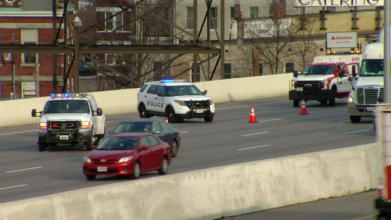 A local stretch of interstate open again after a crash Thursday morning. (WKRC)