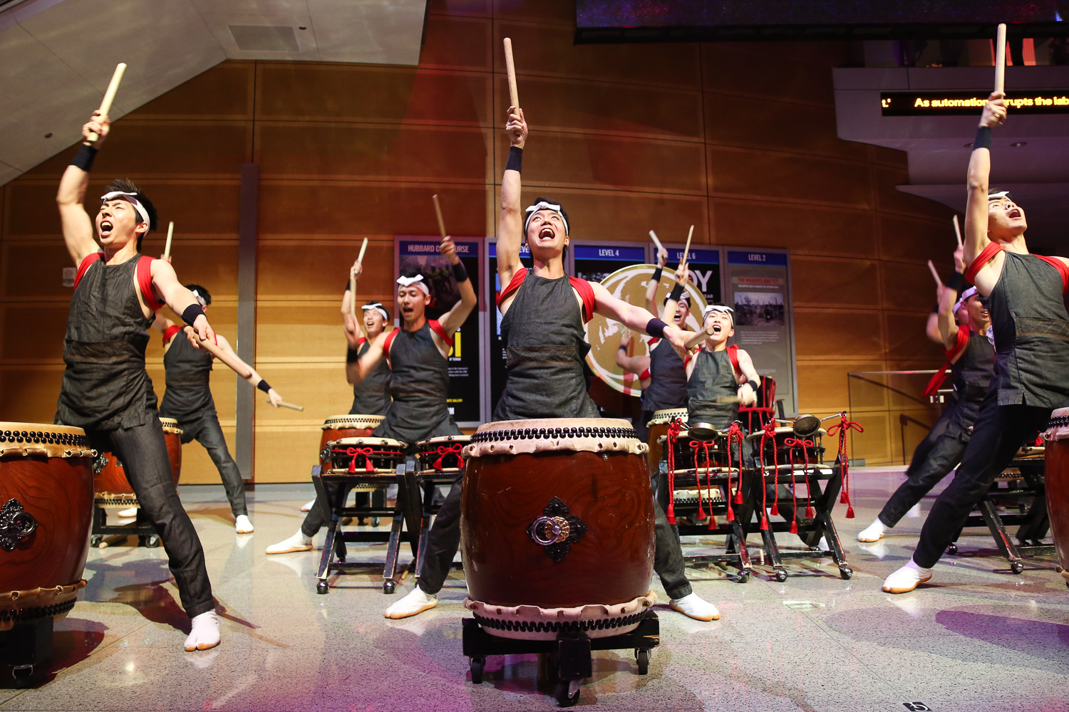 Guests were treated to a taiko drum performance and traditional Japanese dances.(Amanda Andrade-Rhoades/DC Refined)
