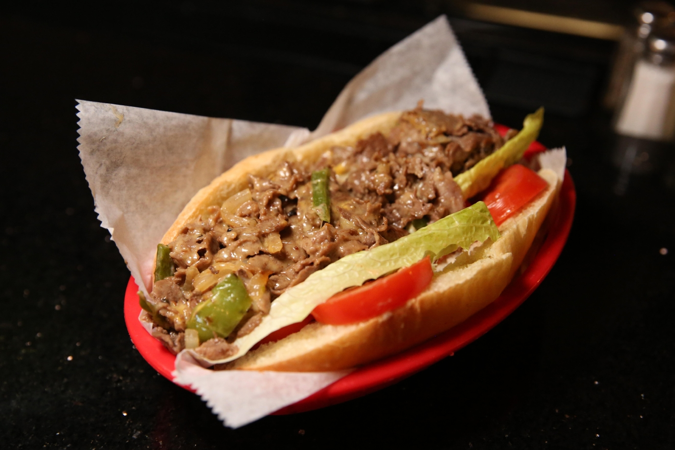 FireFlies also serves up a delicious cheesesteak. (Amanda Andrade-Rhoades/DC Refined)