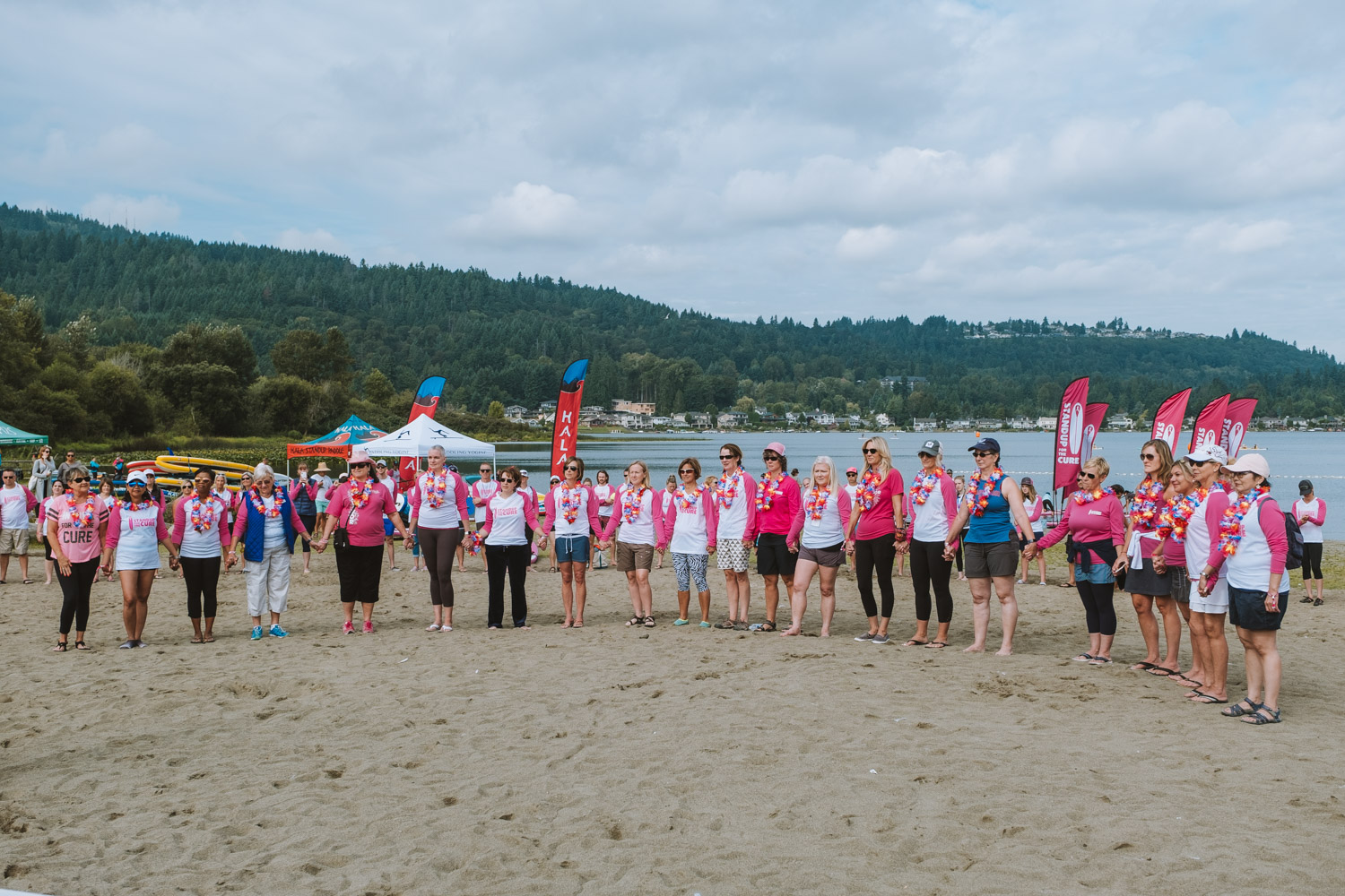 Located right on Lake Sammamish, the third annual Stand Up for the Cure brought out paddlers of all levels to raise money for early breast cancer detection, treatment, and education, with proceeds going to Susan G. Komen Puget Sound. Participants enjoyed instructor-led classes, demos, live music, happy hour,{ } delicious food, and races! (Ryan McBoyle / Seattle Refined)