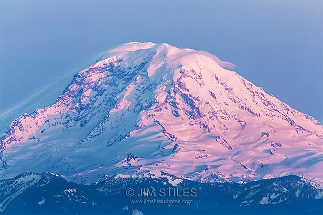 Sunset Reflections on Mount Rainier Shot from Queen Anne Hill in Seattle, Washington (Photo: Jim Stiles)