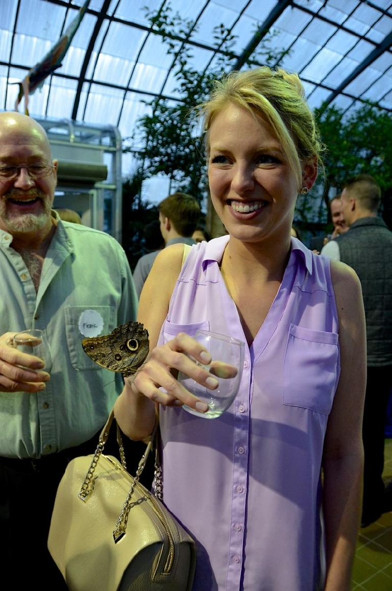 Anna Elizabeth getting a taste of what Butterflies After Dark is all about (Image: Leah Zipperstein / Cincinnati Refined)
