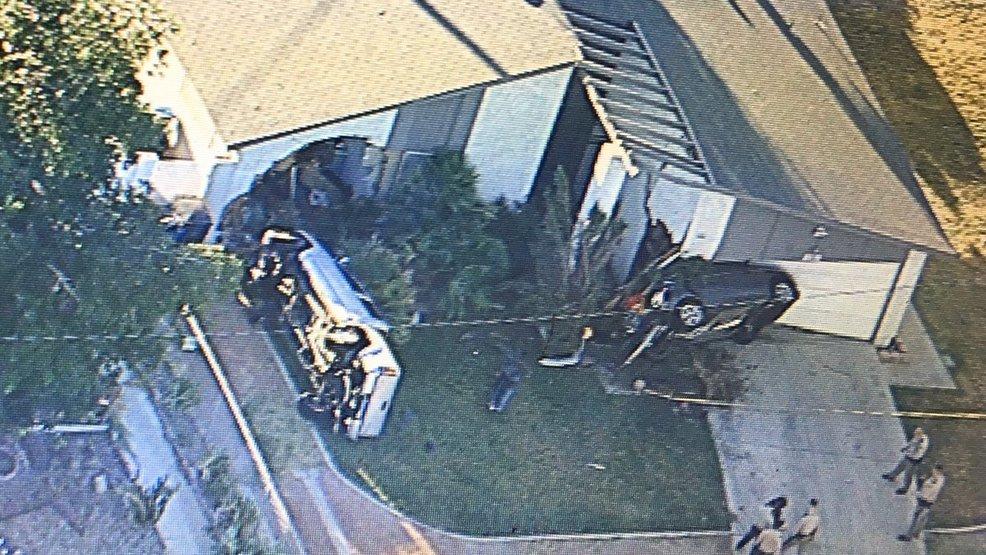Two cars crash into east Las Vegas valley home | KSNV