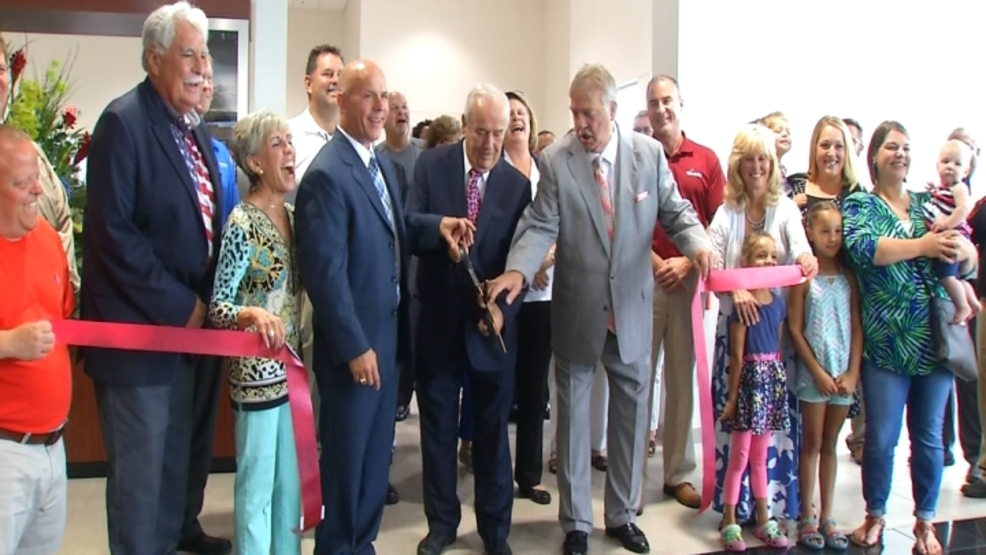 Beau Townsend Ford >> Beau Townsend Ford And Lincoln Reopens After 3 Million Renovation