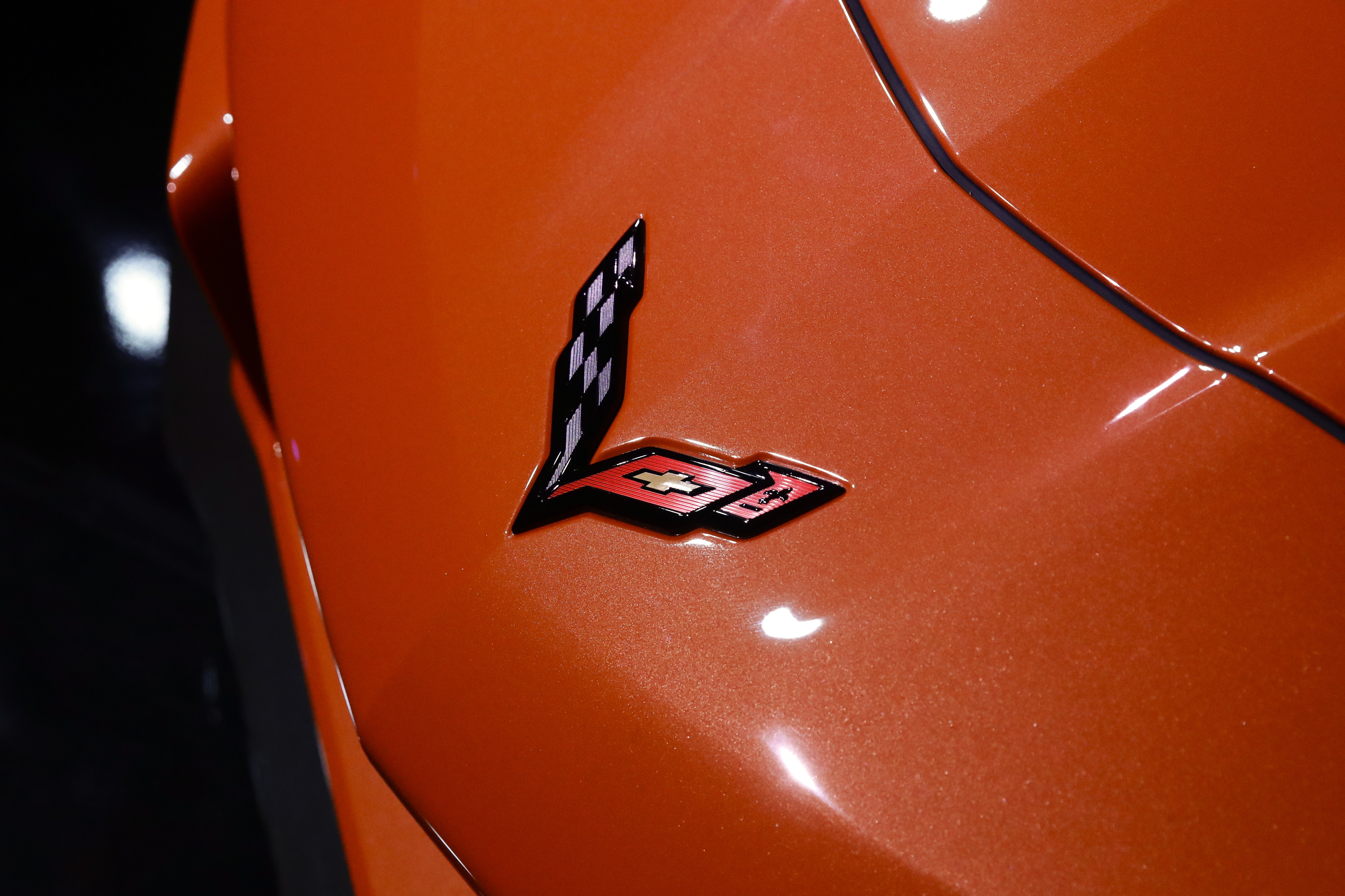 The 2019 Chevrolet Corvette ZR1 convertible hood logo is shown during the AutoMobility LA auto show Tuesday, Nov. 28, 2017, in Los Angeles. (AP Photo/Chris Carlson)