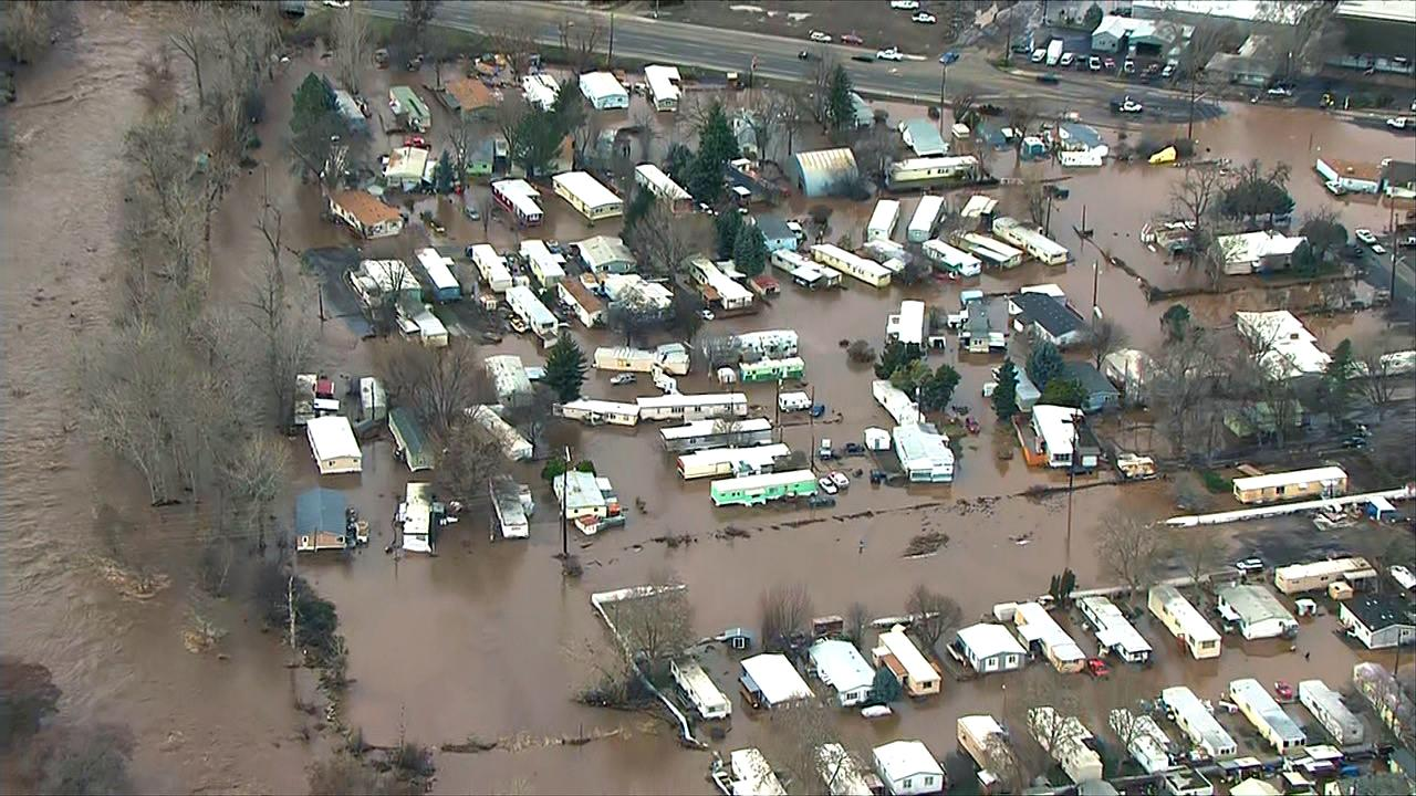 Water floopds homes in the Pendleton, Oregon area Friday, Feb. 7, 2020. (Photo: Chopper 2/KATU)