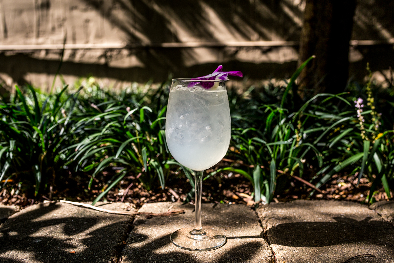 Prosecco Pear: Lamarca Prosecco, Asian pear, lychee, and club soda / Image: Catherine Viox // Published: 9.9.19