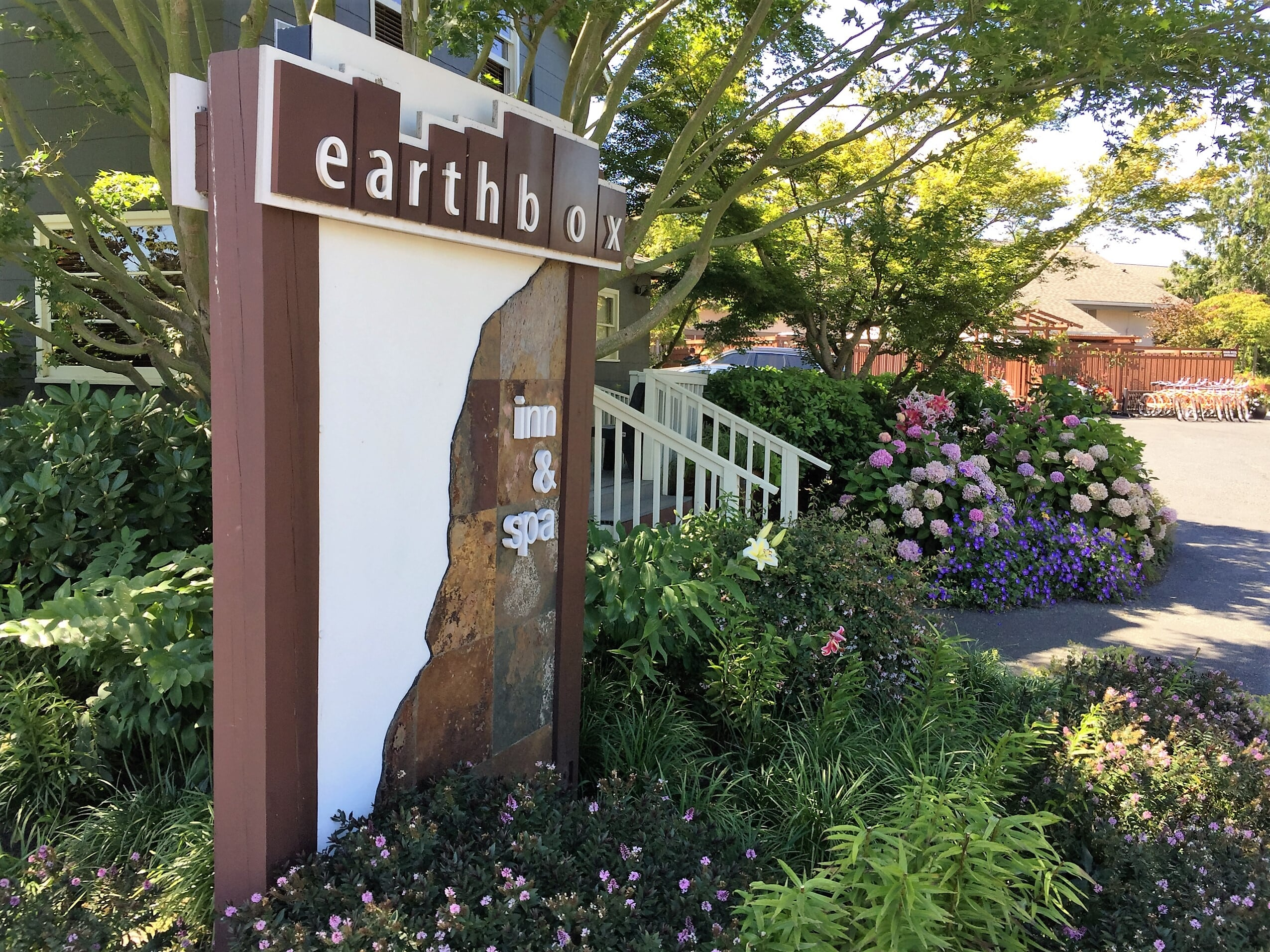 Earthbox Inn & Spa has a variety of rooms to choose from including pet friendly rooms!