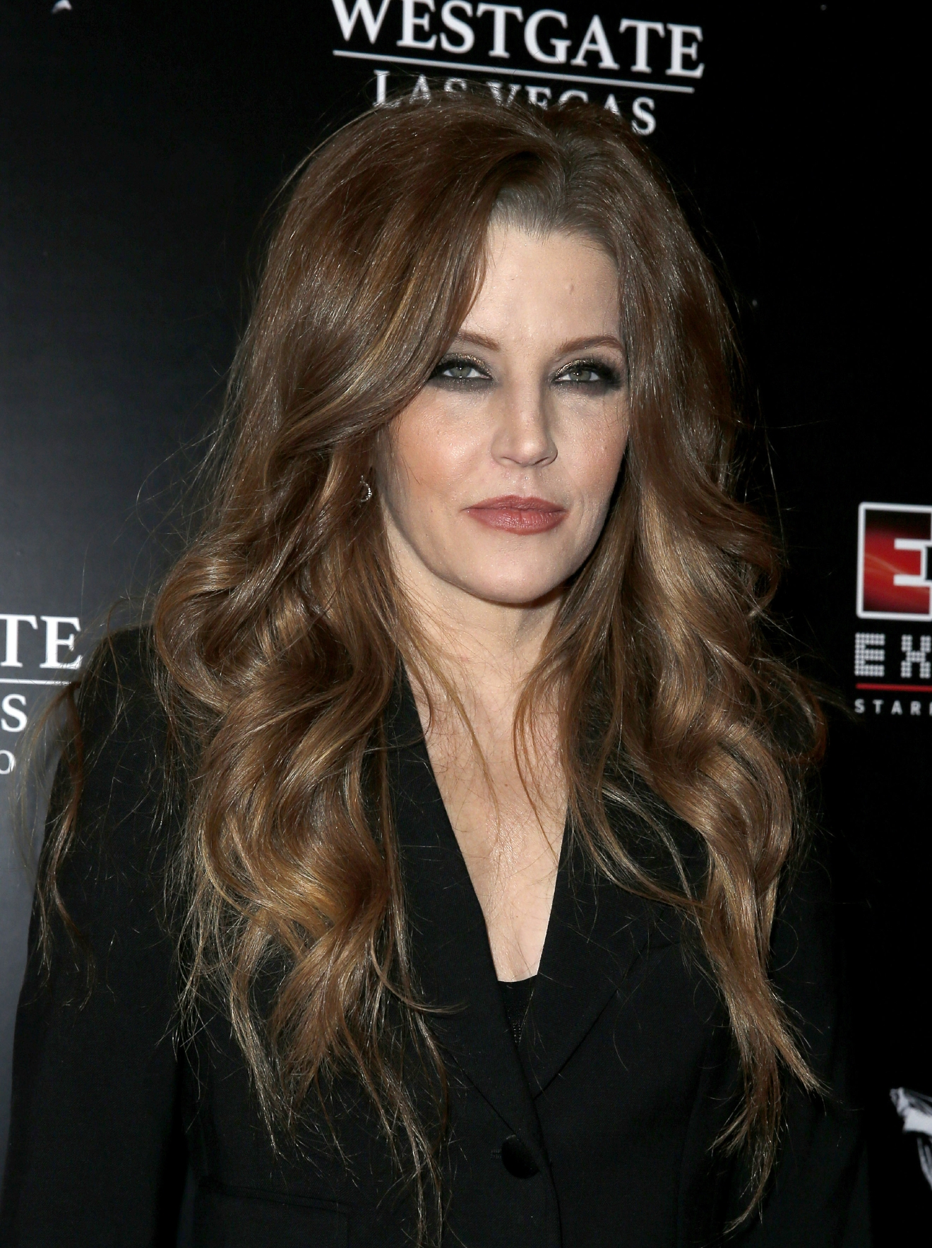 Lisa Marie Presley Says She39s Broke After Ex Asks For