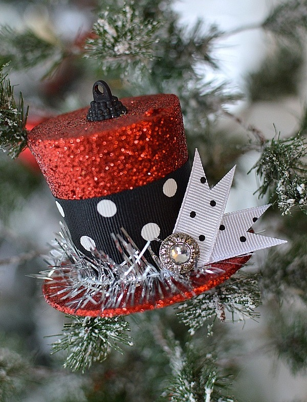 Upgrade a simple dollar store find into something special like this Frosty's Vintage Top Hat Ornament. (Image: Shannon Fox/For Hollow Cottage) Link: http://foxhollowcottage.com/2014/11/how-to-turn-a-dollar-tree-christmas-ornament-into-frostys-vintage-top-hat.html