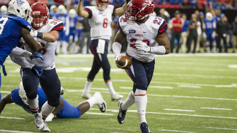 Liberty Football plays Georgia State on October 3, 2015. (Photo by Ty Hester)
