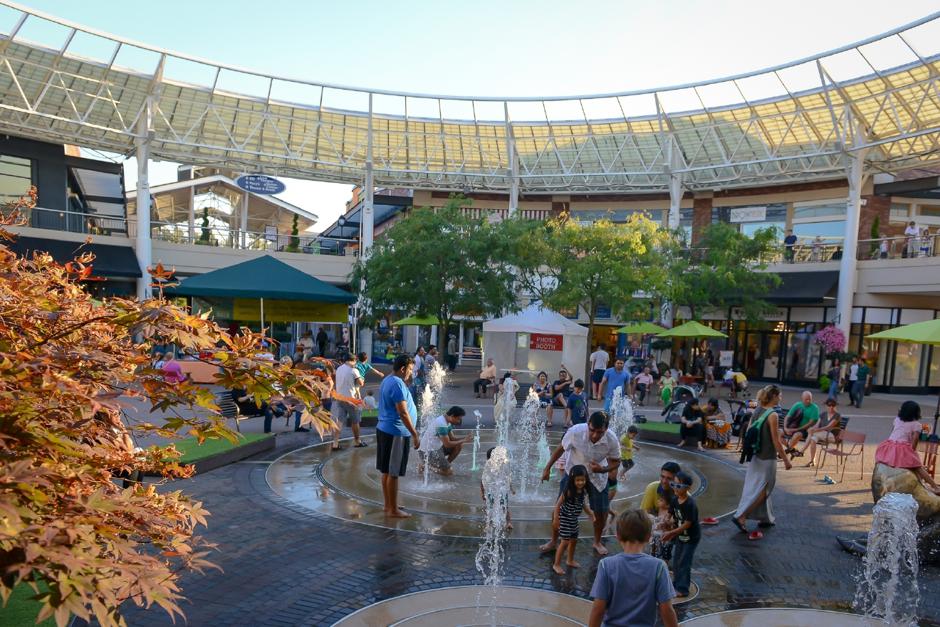 Tons of open space and convenient seating make Redmond Town Center a great place to pass a sunny summer day. The fountains don't hurt, either!