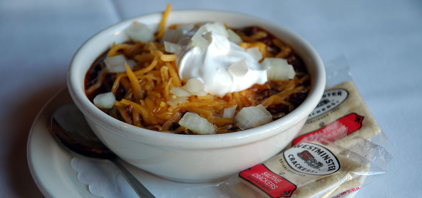 Clyde's famous chili is served at all its locations in the area, and is so popular that it's even served at Old Ebbitt Grill. The signature recipe uses dark chili powder, which results in a slightly sweeter taste, but a hint of spice and smoke. (Image: Courtesy Clyde's)<p></p>