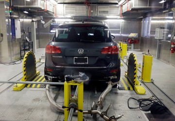 VW pleads guilty in emissions-cheating case