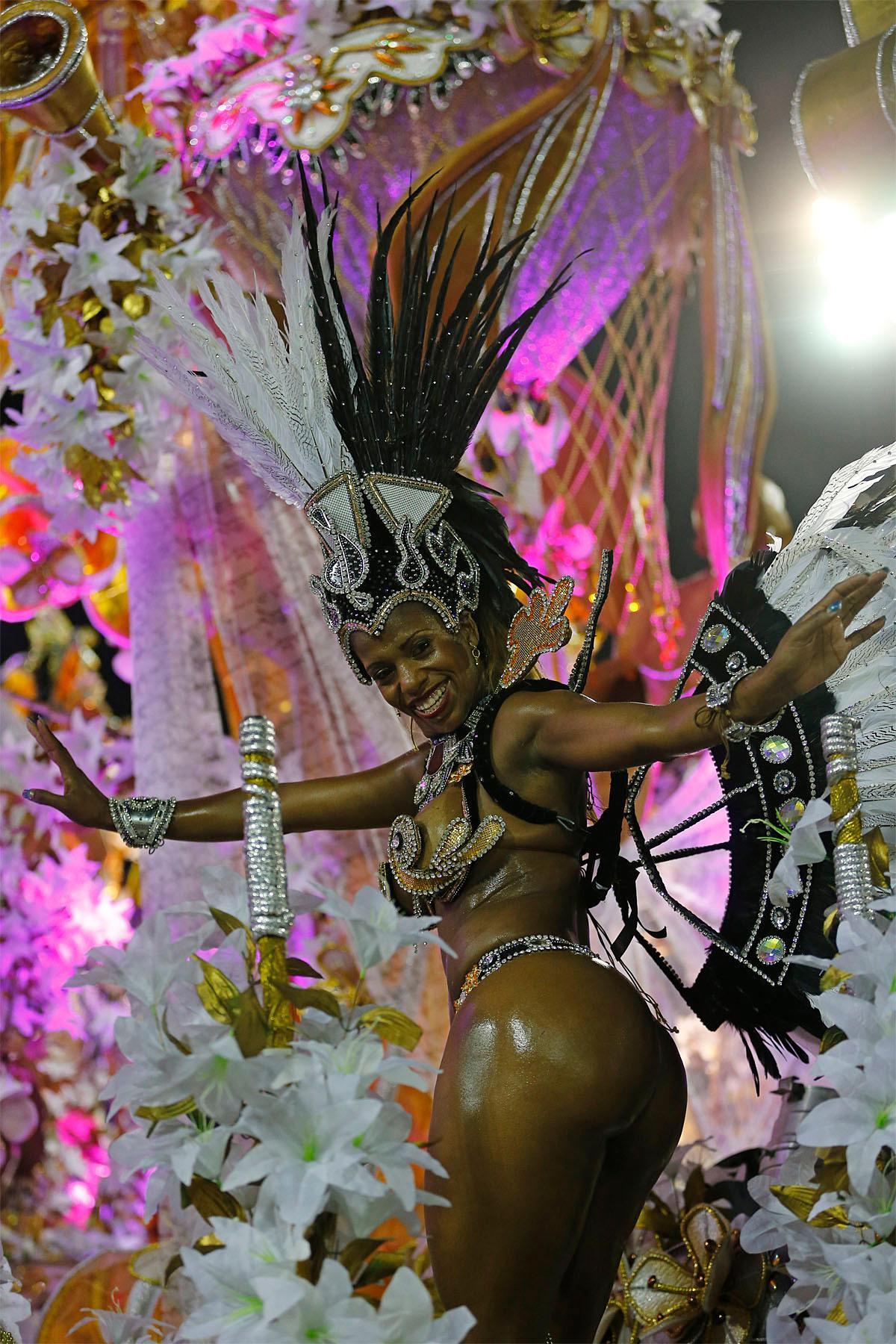 orgii-braziliya-karnavali