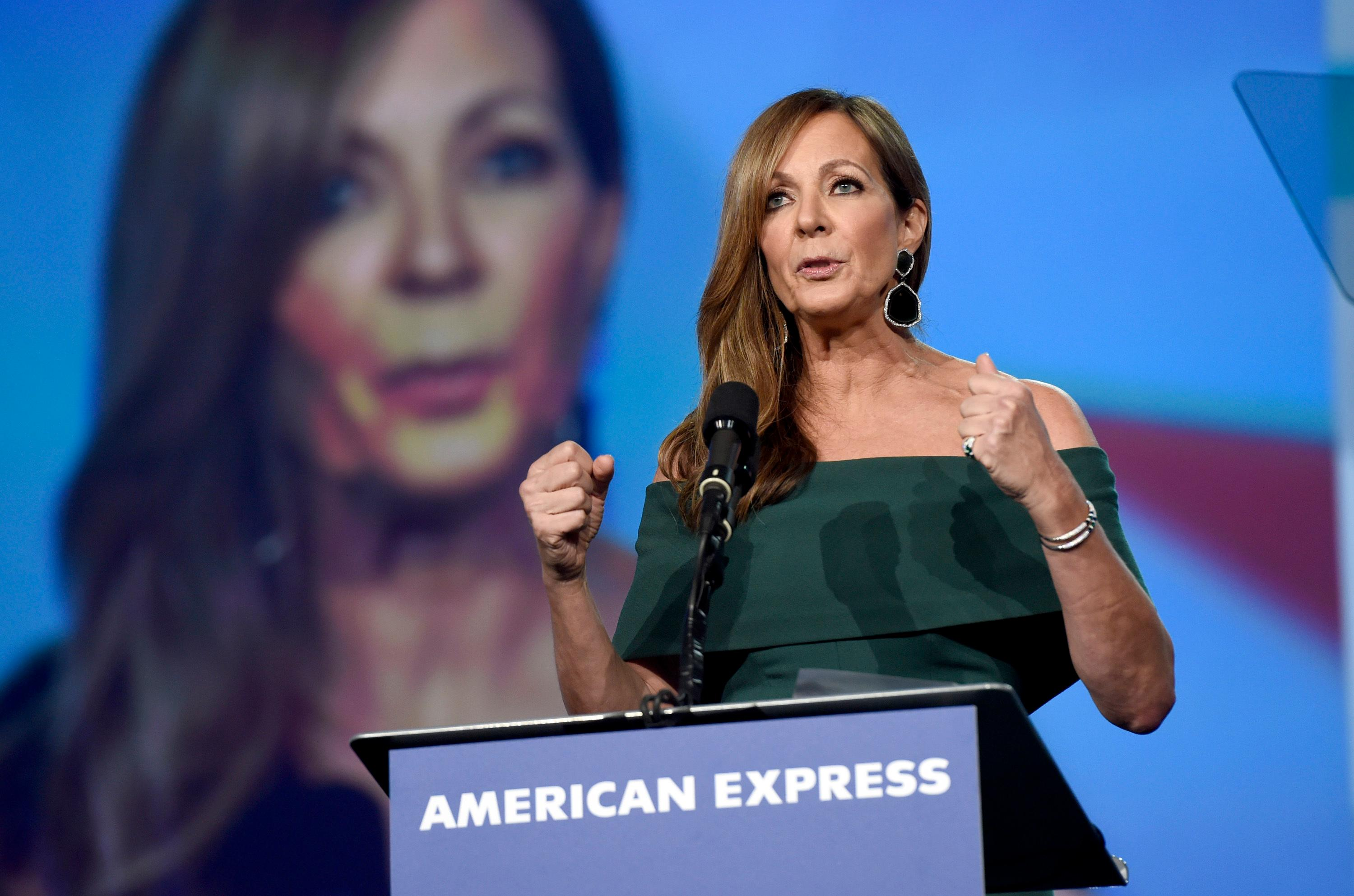 "Allison Janney accepts the spotlight award- actress for ""I, Tonya"" at the 29th annual Palm Springs International Film Festival on Tuesday, Jan. 2, 2018, in Palm Springs, Calif. (Photo by Chris Pizzello/Invision/AP)"