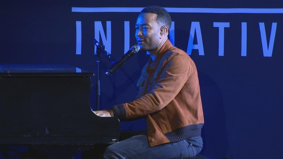 John Legend{&amp;nbsp;} met with students there to launch a new mentoring program encouraging people to embrace their individuality. (WSYX/WTTE)<p></p>