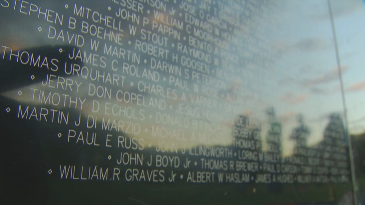 A mobile memorial honoring Vietnam veterans is drawing strong emotions in the mountains. (Photo credit: WLOS staff)