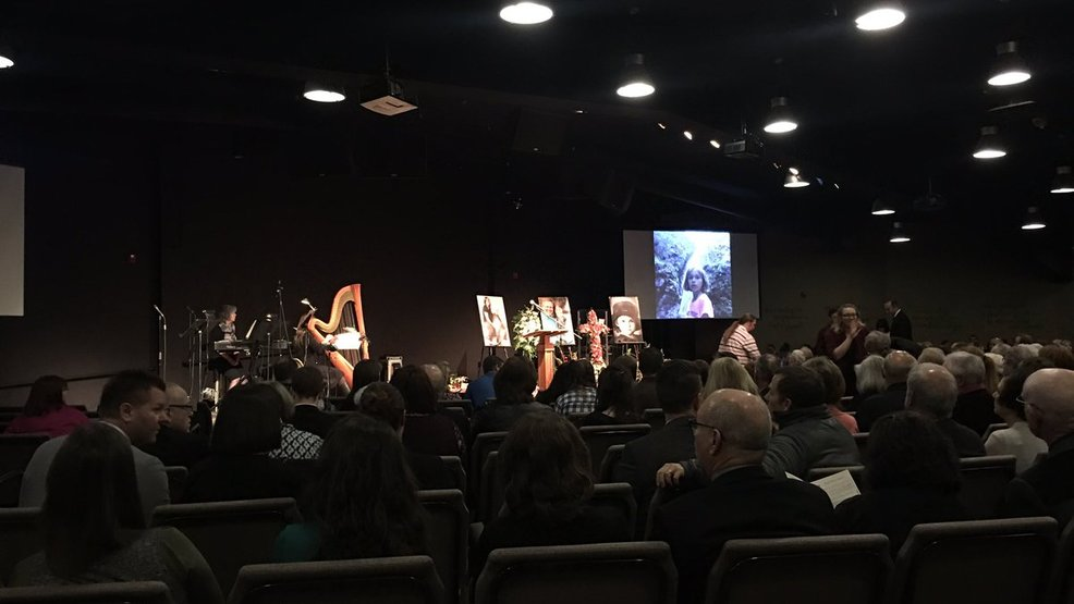 Saying goodbye: Memorial in Roseburg celebrates lives of Lookingglass shooting victims