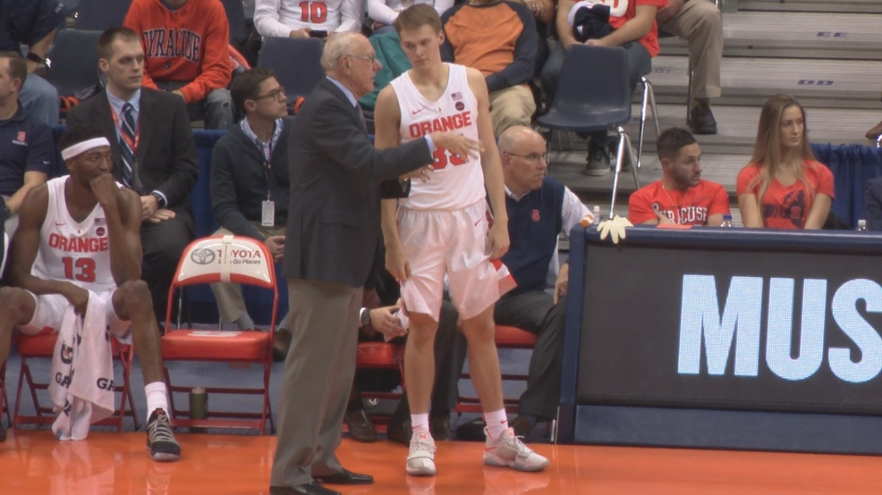 Hello Buddy Boeheim Coach Boeheim S Son Shines In Exhibition Win