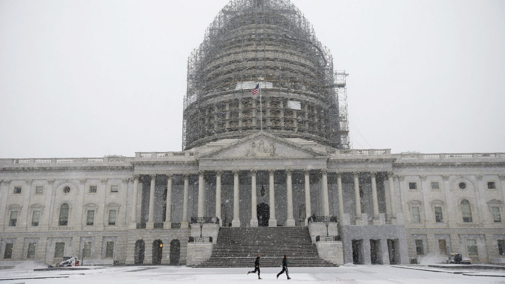 Federal Offices In Dc Area Closed Mon Emergency Telework