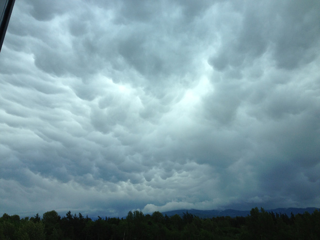 Bellingham Mammatus clouds (Photo: TJ)