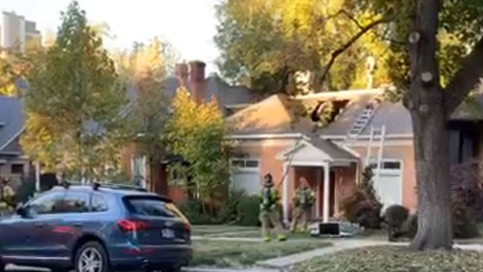 SLC firefighters responding to two-alarm fire in the Avenues, two homes involved