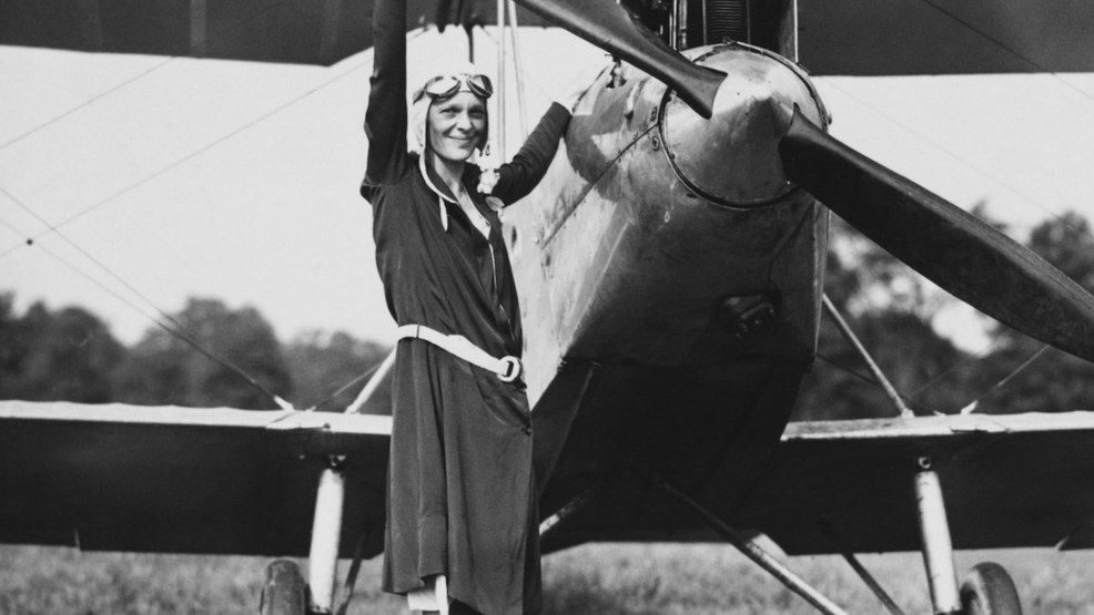 amelia earhart 1 Theories for amelia earhart's disappearance # theory 1: open-ocean crash near destination the official us position is that earhart and noonan ran out of fu.