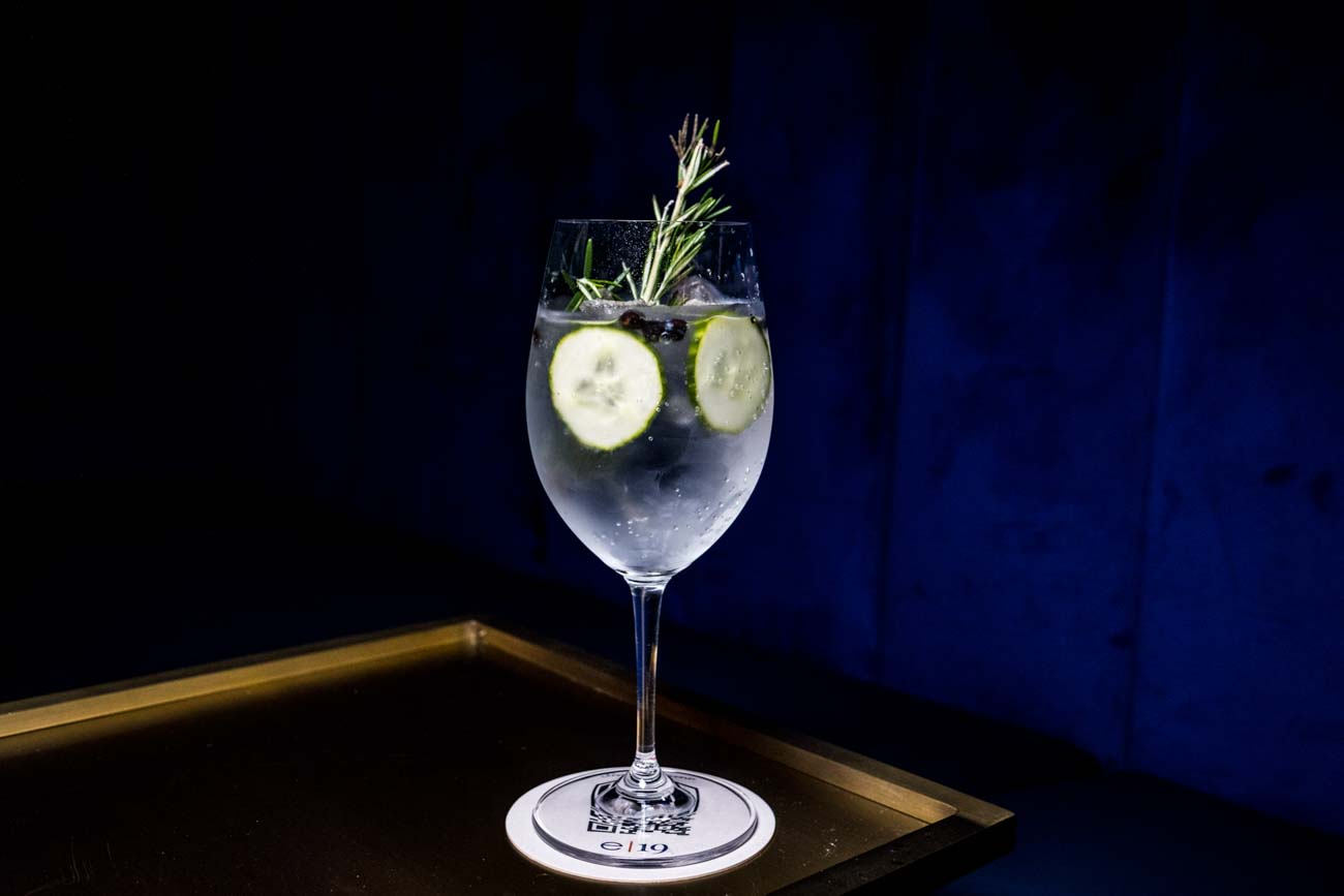 G&T: Beefeater London Dry Gin, tonic water, cucumber wheels, and dehydrated juniper / Image: Catherine Viox // Published: 10.31.20
