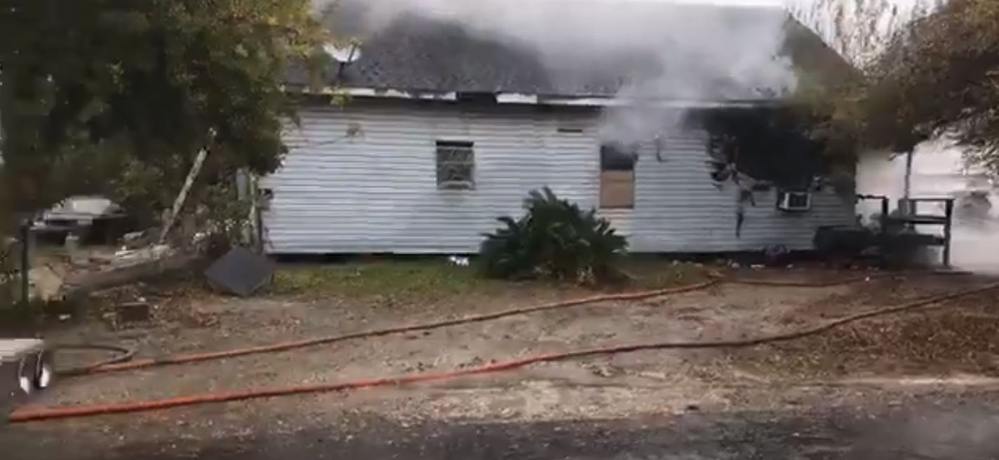 A house caught fire in the 900 block of New Orleans Avenue in Port Arthur on Thursday morning. (Photos by Angel San Juan/KFDM & Fox 4)
