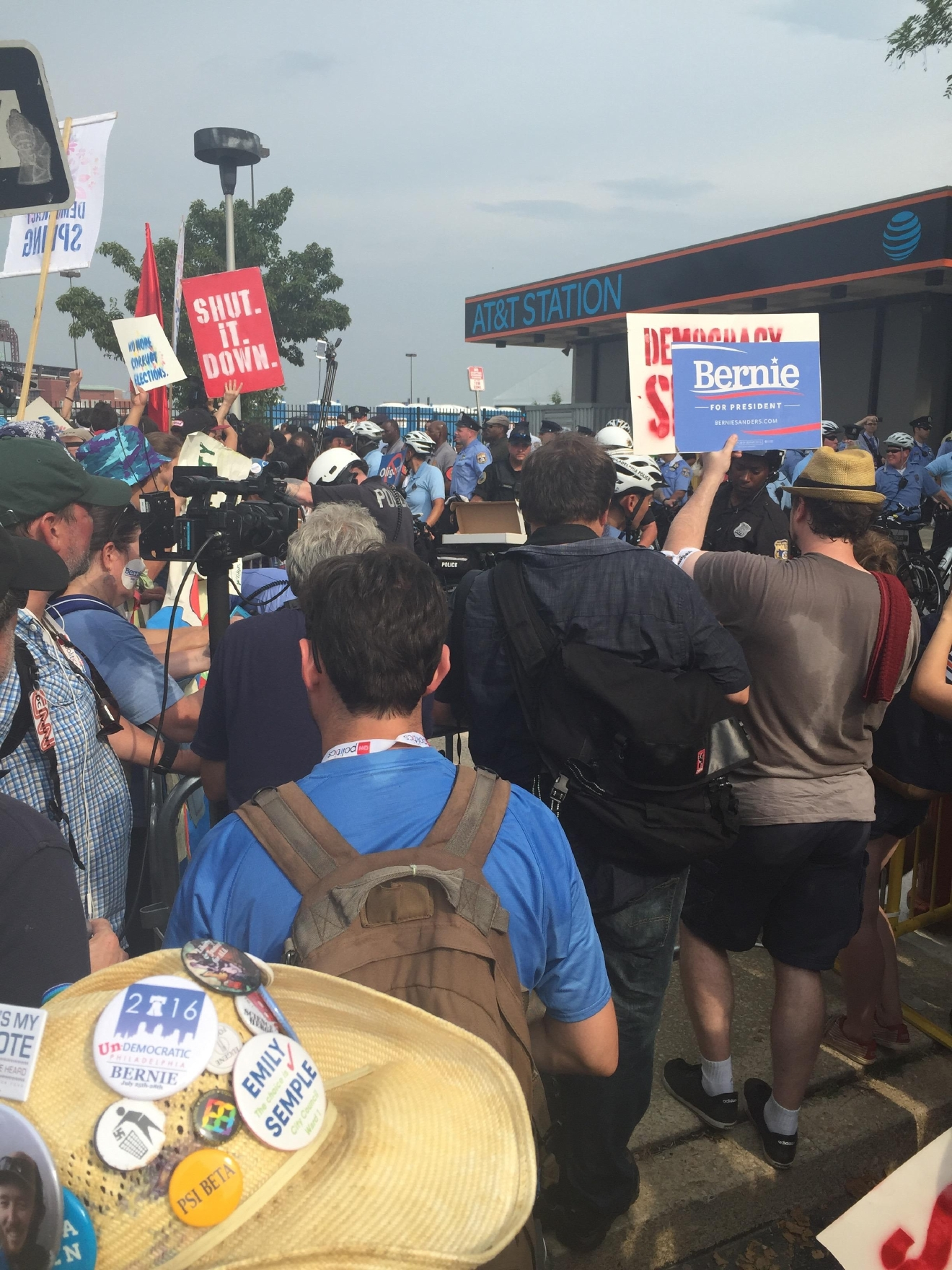 Sanders supporters gather outside of the Democratic National Convention. (Amanda Ota, Sinclair Broadcast Group)
