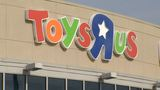 Toys R Us liquidation sale on hold