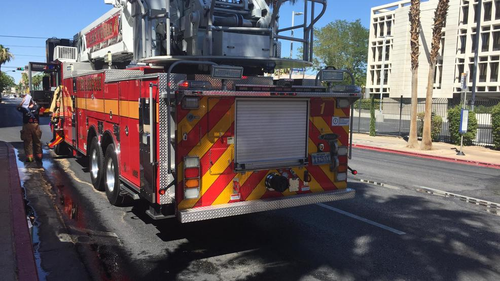 Three vehicles damaged by fire inside downtown parking for Garage garcia saint mammes