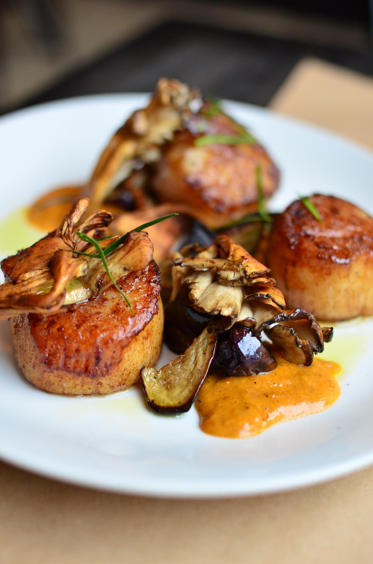 Sea Scallops - maitake, eggplant, coconut, and kafir lime / Image: Leah Zipperstein, Cincinnati Refined // Published: 11.14.16