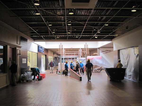 Cleanup being done at the River City Mall in Keokuk. / Photo courtesy ServiceMaster Cleaning and Restoration