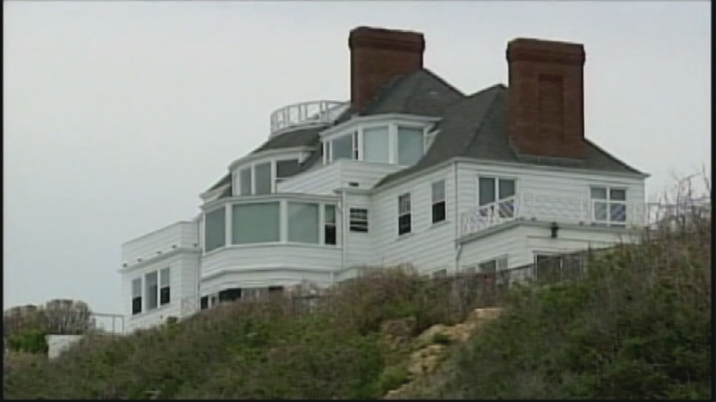 Taylor Swift's mansion in Watch Hill. (WJAR)<p></p>